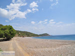 Verlaten zand kiezelbeach aan de west coast  - Island of Chios - Photo JustGreece.com