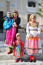 Traditionele klederdracht Olympos Karpathos | Greece  Photo 016 - Photo JustGreece.com