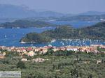 JustGreece.com View to Nidri (Nydri) and the eilanden Skorpios and Meganissi Photo 1 - Lefkada (Lefkas) - Foto van JustGreece.com