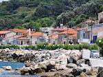 Traditionele gebouwen langs the hoofdweg in Agios Konstandinos - Island of Samos - Photo JustGreece.com