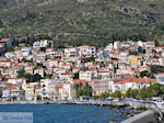 Huizen aan de berghellingen near Samos town - Island of Samos - Photo JustGreece.com