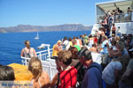 JustGreece.com Aankomst with boot on Santorini | In the verte Firostefani and Fira - Foto van JustGreece.com