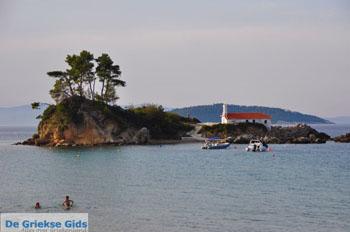 Aghios Nikolaos near Ellinika | North-Euboea | Greece  Photo 1 - Photo JustGreece.com