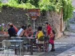 Bestelling opnemen near Kikitsa Monodendri - Zagori Epirus - Photo JustGreece.com