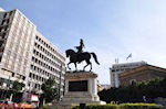 Monument of de Griekse held Kolokotronis - Photo JustGreece.com