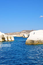 Sarakiniko Milos | Cyclades Greece | Photo 37 - Photo JustGreece.com