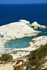 Sarakiniko Milos | Cyclades Greece | Photo 105 - Photo JustGreece.com