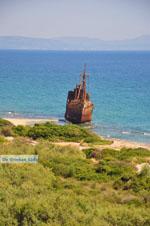JustGreece.com Ship Wreck Selinitsa near Gythio | Lakonia Peloponnese | 1 - Foto van JustGreece.com