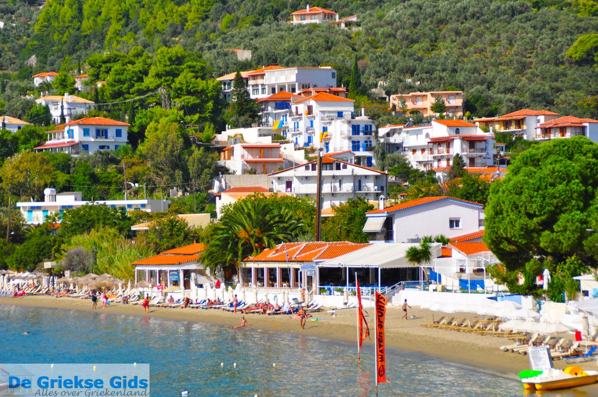 Photos of megali ammos skiathos pictures megali ammos greece for Skiathos hotels