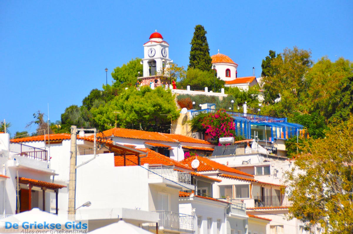 Photos of skiathos town skiathos pictures skiathos town for Skiathos hotels