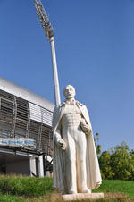 Beeld Lisimachos Kaytatzoglou near stadium  Iraklis | Thessaloniki Macedonia | Greece  Photo 1 - Photo JustGreece.com